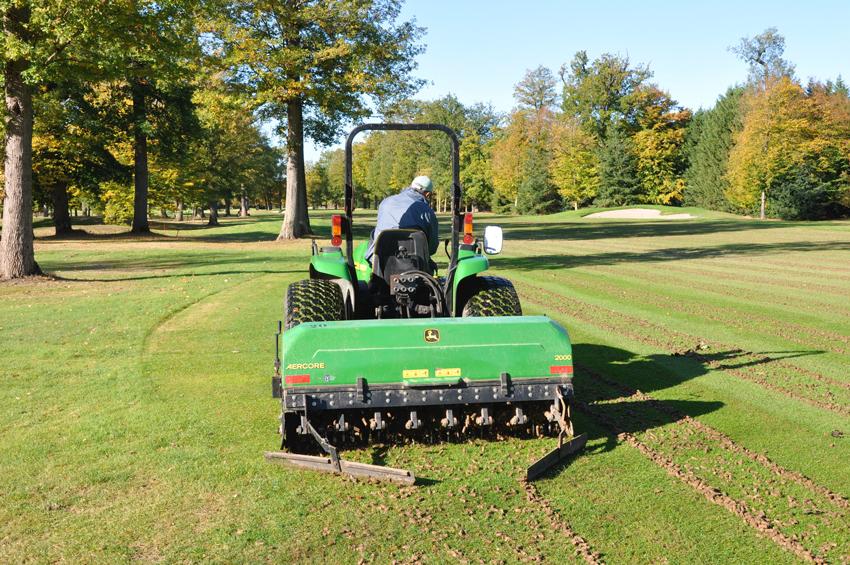 Parcours de golf sotren for Cout pour cloturer un terrain
